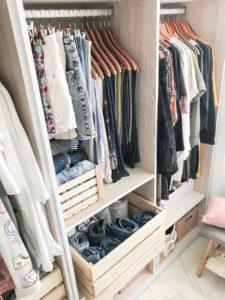 cajas de madera orden ropa