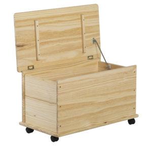 baul de madera con ruedas