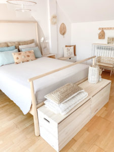baul madera maciza de pino pie de cama